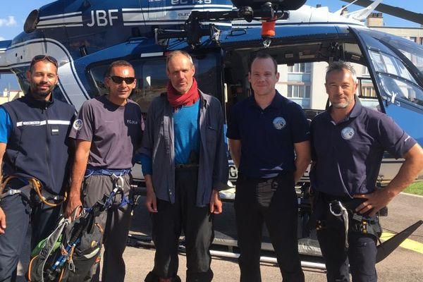 """Le randonneur originaire du continent disparu depuis le 14 juin dans la région de Monacia d'Aullene (Corse du Sud) a été retrouvé """"sain et sauf"""""""