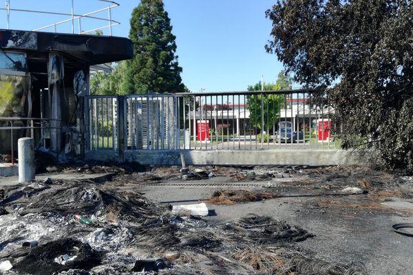 Le poste de garde de la Seita à Riom avait été incendié dans la nuit du 23 au 24 mai.