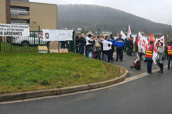 A Nouzonville, plus de 60 personnes réunies, Ardennes, le 30 janvier 2018