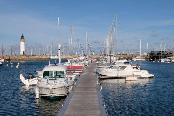 Si votre bateau se situe à moins de 10 kilomètres de votre domicile, vous pouvez y accéder.
