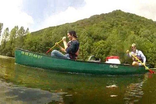 La météo clémente est une bénédiction pour les loueurs de canoë-kayak