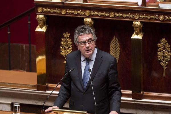 Alain Claeys à l'Assemblée Nationale lors du débat sur la fin de vie