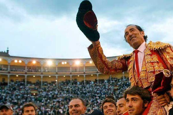 Espla porté en triomphe à Madrid en 2009