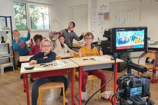 Les élèves de CM1 et CM2 de l'école Elise Freinet de Saint-Jean-sur-Mayenne (Mayenne)