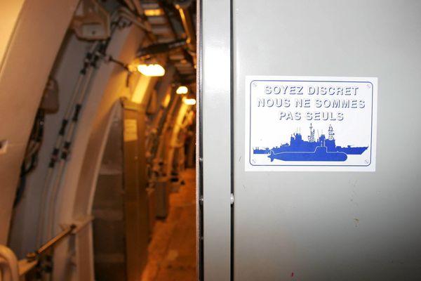 """Le sous-marin nucléaire lanceur d'engins (SNLE) """"Téméraire"""", lors d'une révision totale à Brest. Un monde très secret très bien retranscrit dans le film """"Le Chant du Loup"""", selon un officier qui travaille à bord de l'un de ces sous-marins."""