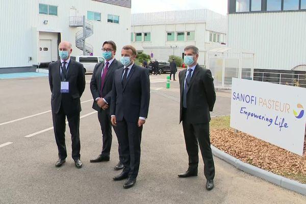 Emmanuel Macron est arrivé vers 10h30 à Marcy-l'Etoile (métropole de Lyon) dans les locaux de Sanofi Pasteur.