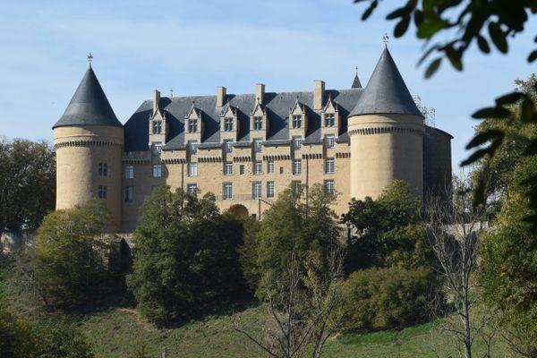 Le château de Rochechouart accueillera à l'automne 2021 l'oeuvre participative dans le cadre d'une exposition.
