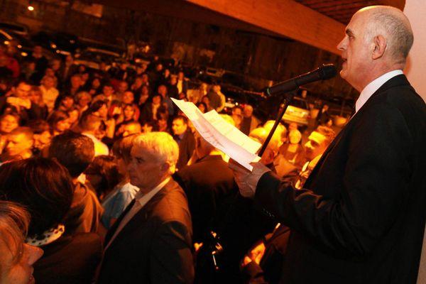 Ferdinand Bernhard, maire (DVD) de Sanary-sur-Mer lors de sa réélection en 2014.