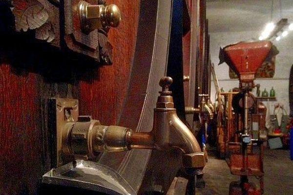 Carcassonne - la distillerie Cabanel existe depuis plus de 150 ans - 2016.
