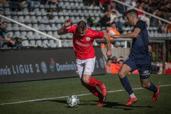 L'attaquant Renaud Ripart a inscrit le but de la victoire dans les arrêts de jeu face au Paris FC samedi 3 mars 2018.