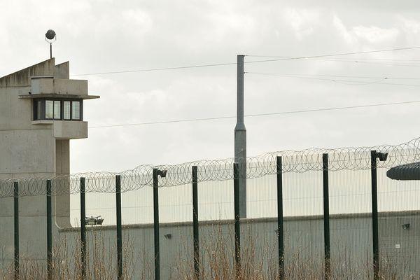 Les détenus refusent de regagner leurs cellules dans deux des trois bâtiments qui composent le site de Sequedin