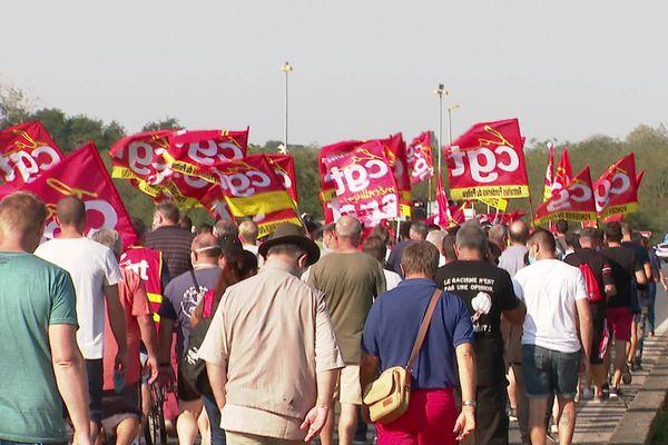 A Châtellerault (86), près de 800 personnes ont défilé
