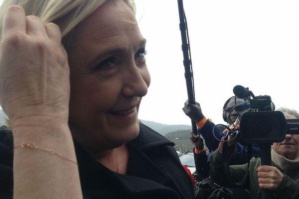 Les médias régionaux priés de rester dehors pour la visite de Marine Le Pen