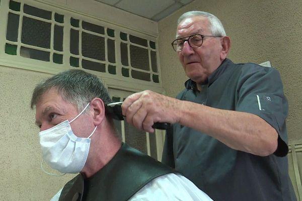 A 86 ans, Roger Amilhastre a toujours la main sûre.