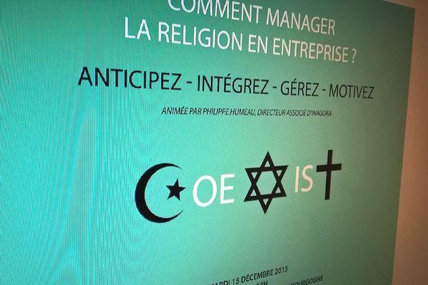 La conférence est animée par le consultant Philippe Humeau