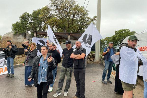 Ce samedi 5 juin, une cinquantaine de militants de Corsica Libera ont occupé un complexe hôtelier à Lecci, en Corse-du-Sud.