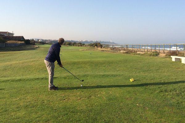 Le golf de chiberta est l'un des rares golfs français en bord de mer.