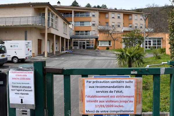 Quillan (Aude) - l'Ehpad La Coustète, confinement renforcé après le dépistage de 4 cas de Covid-19 parmi les résidents - mars 2020.