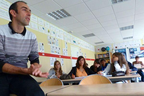 Au coeur du projet pédagogique pour ce Vendée-Globe édition 2012 le prof de maths Stéphane Percot