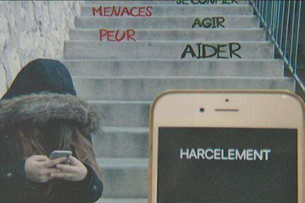 Affiche réalisée par des élèves du lycée Belsunce de Marseille.