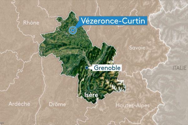 La RD19 est coupée dans les deux sens sur la commune de Vézéronce-Curtin, en Isère