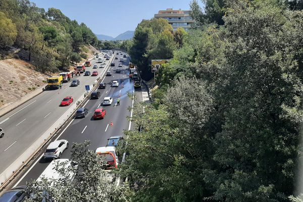 La circulation a repris vers midi, le samedi 14 août.