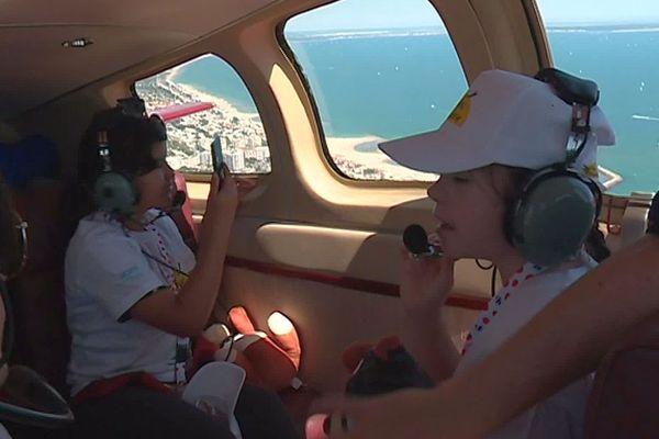 """Montpellier - 150 enfants dans les airs grâce aux associations """"Rêves de gosse"""" et """"Les Chevaliers du ciel"""" - 1er juin 2019."""