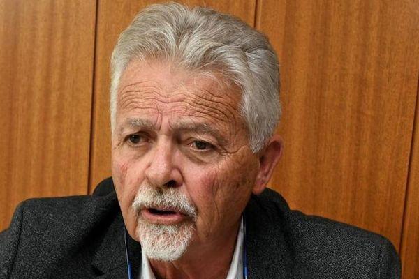 Jean-Paul Galonnier s'est retiré pour le second tour des municipales, il a indiqué son intention de voter pour Jean-Pierre Marc.