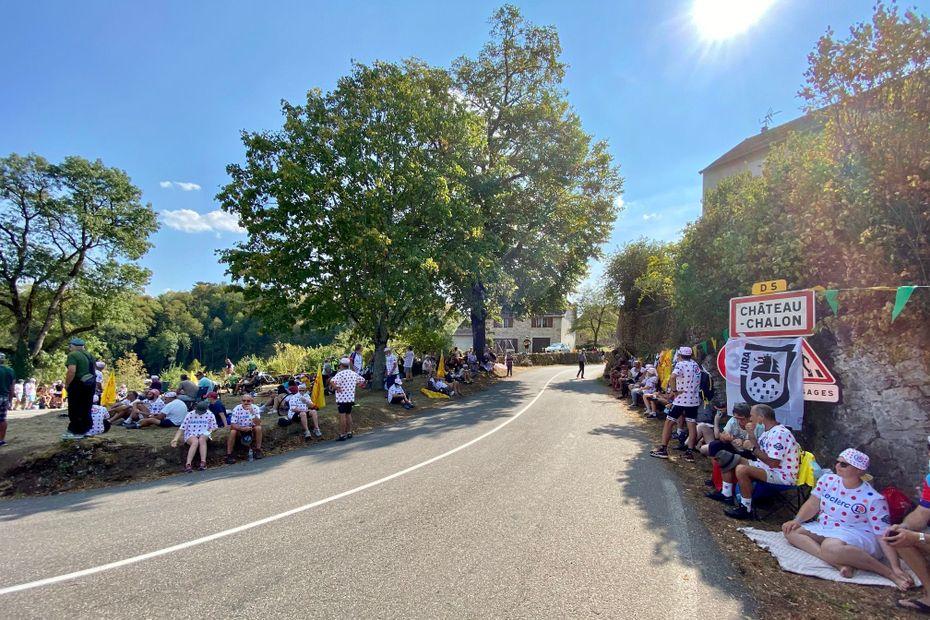 Tour de France 2020 : à Château-Chalon, le pays du vin jaune savoure le passage de la grande boucle