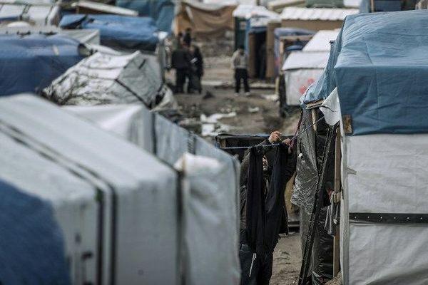 150 mineurs non-accompagnés vivraient dans le camp de réfuégiés de  Calais