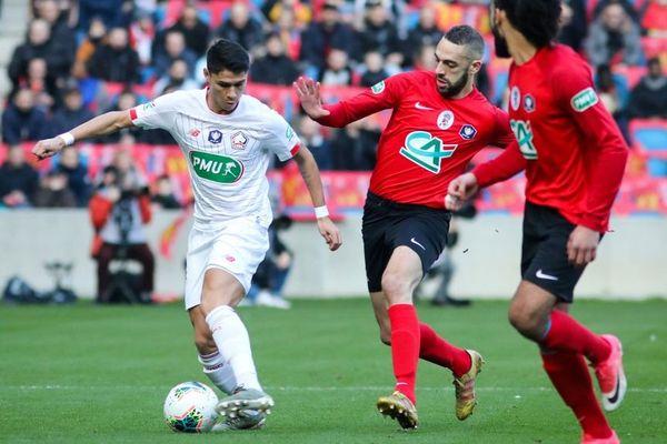 Lille (en blanc) contre les amateurs de Gonfreville (en rouge) samedi dernier en Coupe de France.