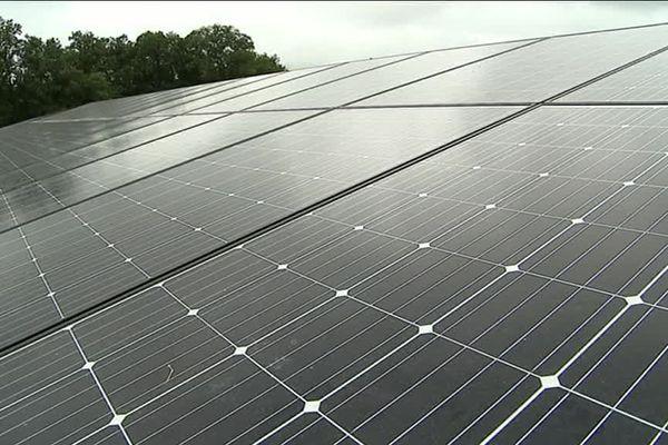 Des panneaux solaires qui pourront produire 14 millions de Kwatts