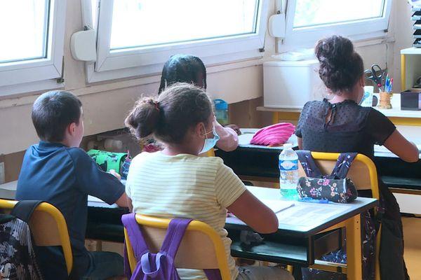 Illustration d'une salle de classe dans l'Oise