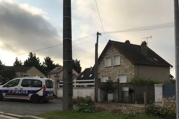 C'est dans ce pavillon, à Limay dans les Yvelines qu'aurait pu résider Xavier Dupont de Ligonnès.