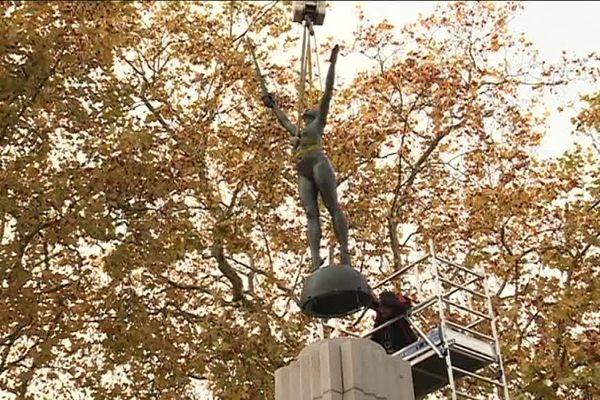 Démontée en 1942, la statue de la Délivrance a regagné son monument aux morts en centre-ville de Nantes, à l'occasion du centenaire de la guerre 1914-1918/