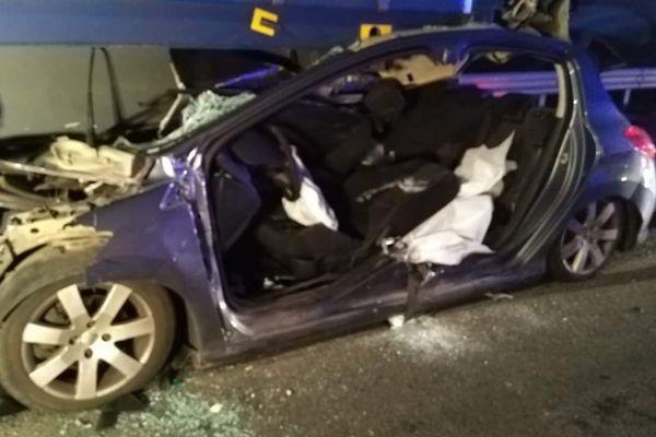 """L'accident s'est produit sur la bretelle de sortie """"Lens-centre"""" de l'A21."""