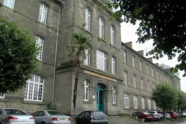 Aujourd'hui le lycée Notre-Dame, un lycée d'enseignement général et professionnel, accueille 450 élèves