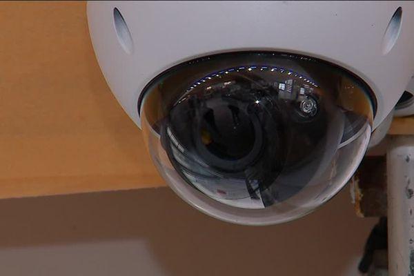 Une quinzaine de caméras de surveillance installées au FIBD 2019.