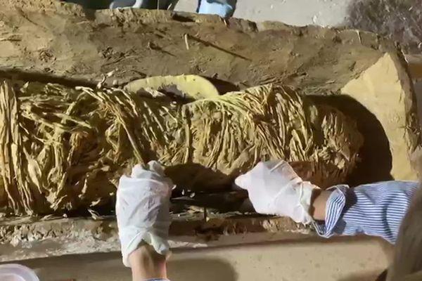 Le gisement funéraire exploré date de 1.500 av. J.C.