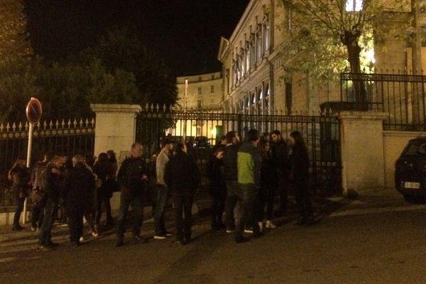 Rassemblement devant le Palais de justice de Bastia ce jeudi en soutien aux deux membres de Bastia 1905 déférés devant le parquet.