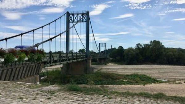 Aux Rosiers-sur-Loire, dans le Maine-et-Loire, la Loire était très basse l'été 2019, cela pourrait bien se reproduire cet été 2020.