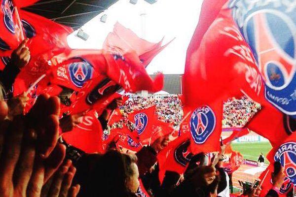 Les supporters de l'équipe féminine du PSG étaient nombreux à Francfort et n'ont pas manqué d'applaudir, malgré la défaite, le très beau parcours des joueuses de la capitale.