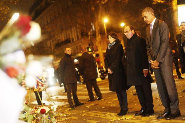 Anne Hidalgo, François Hollande et Barack Obama, devant le b=Bataclan.