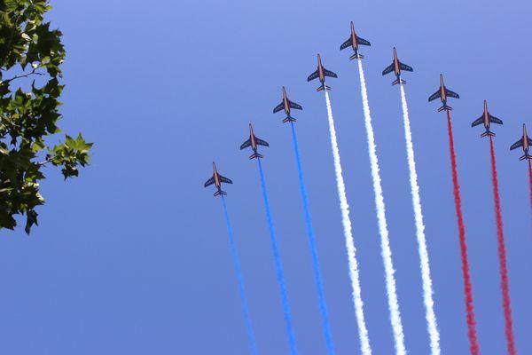 La patrouille de France lors du défilé du 14 juillet 2013