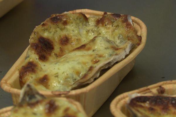 Les huîtres surgelées prêtes à gratiner fabriquées sur l'île d'Oléron.