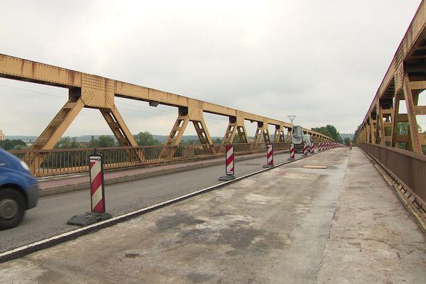 Le pont de Courcelles-sur-Seine (Eure) en travaux de septembre à  novembre 2021