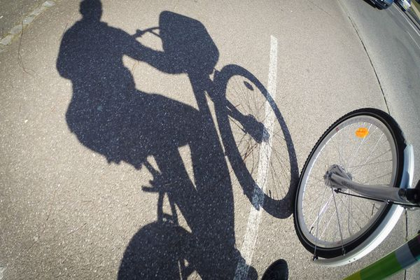 Vélo en ville. (photo d'illustration).