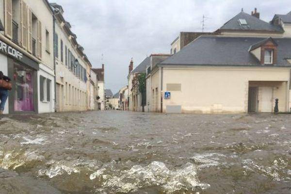 Montargis (Loiret) les pieds dans l'eau - juin 2016