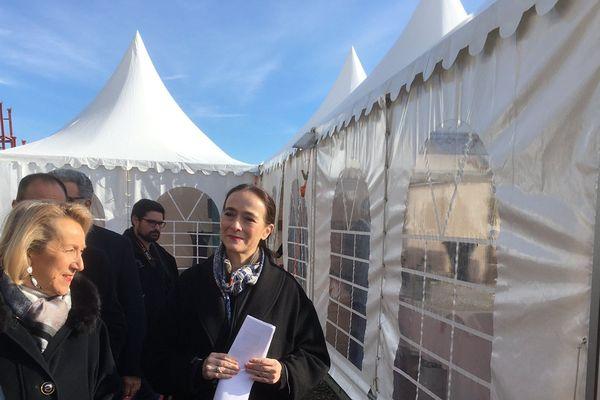 Delphine Ernotte visite le chantier des futurs locaux de France 3 à Poitiers