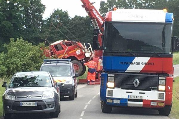L'évacuation du camion des pompiers décédés